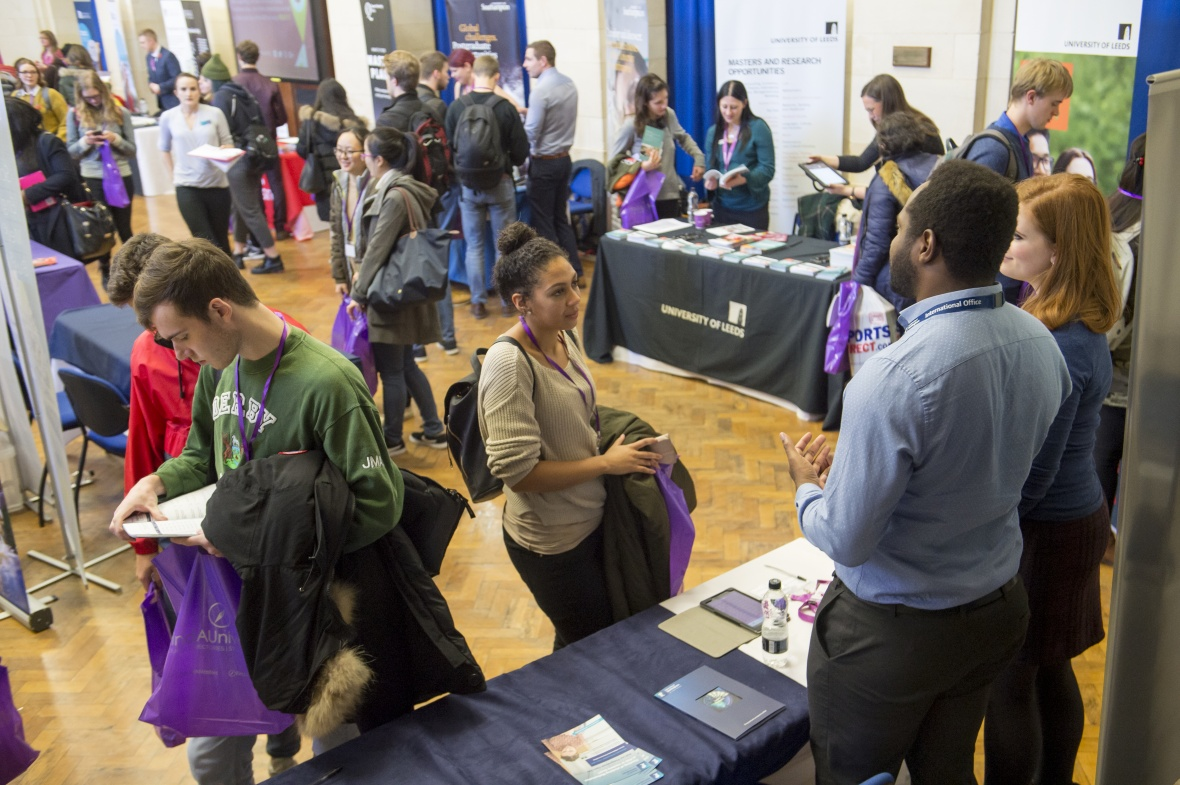 Supporting your students to get the most out of HE/UCAS fairs and undergraduate open days